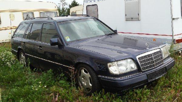 Mercedes-Benz 250D Ez 1996 Klima Ahk - Partenheim - Mercedes, 250, Kombi, Diesel, 83 kW, 540.540 km, EZ 12/1996, Automatik, Blau, Metallic,Nichtraucherfahrzeug. mit 0ptischen Mängeln, TÜV 09-2018 - Partenheim