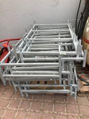 8 Barriquefass-Gestelle aus verzinktem Stahl