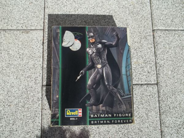 Batman Figur 1 6 Revell