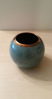 Vase blau mit goldenem Rand