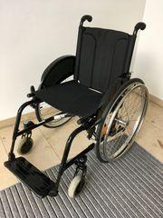 Faltbarer Rollstuhl Meyra Avanti Pro