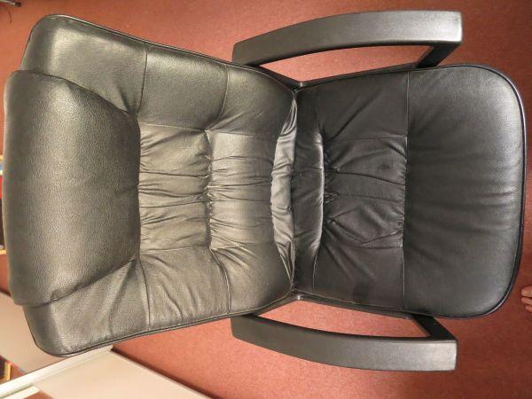 drehstuhl mit armlehne gallery of fltotto pro armchair drehstuhl mit armlehnen rollen with. Black Bedroom Furniture Sets. Home Design Ideas