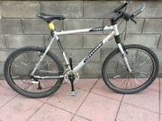 Cannondale F400 Hardtail Montainbike 26