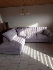 neue Couch mit Schlaffunktion