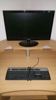 Monitor von Samsung Tastatur von