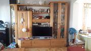 Wohnwand mit 2 Glasvitrinen und