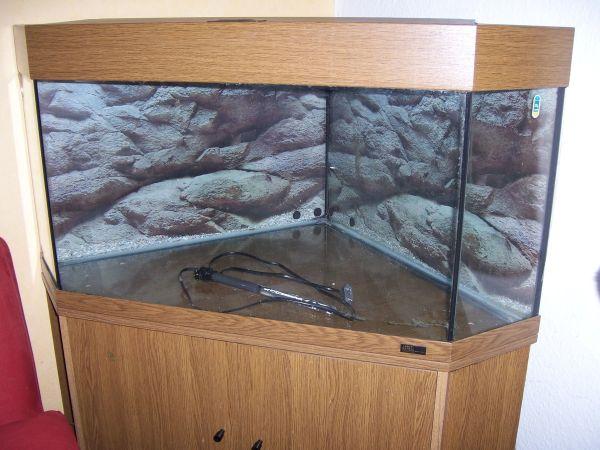 juwel eckaquarium gebraucht kaufen nur 4 st bis 75. Black Bedroom Furniture Sets. Home Design Ideas