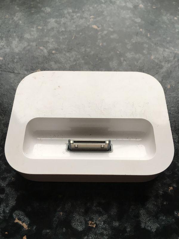 Apple iPod Docking Station