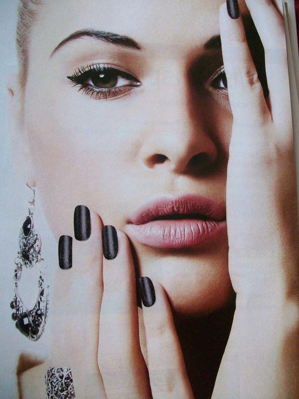 """Damit Ihre Schönheit nicht mit dem Make - up aufhört ! ! ! """" KÜSTENNAILS """" - Garding - - Zertifizierte Naildesignerin- Maniküre mit Frenchspitze 20 EUR - Neumodellage incl. Design 45 EUR- Auffüllen mit neuen Design 35 EUR- Nach Terminvereinbarung - Garding"""