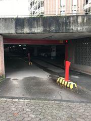 Großzügige Garagenplätze in Westhoven zu
