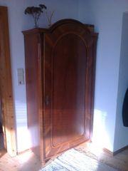 Kleiderkasten, antik, schönes