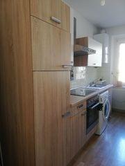 Einbauküche mit Geräten im guten