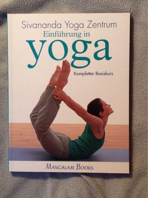 Einführung in Yoga - Kompletter Basiskurs - Frechen - Biete ein neuwertiges Buch aus dem Sivananda Yoga Zentrum an. Abholung und Verschicken (gegen Gebühr) möglich. - Frechen