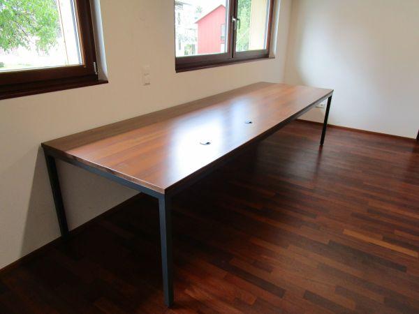 Tisch/Schreibtisch in Wolfurt - Büromöbel kaufen und verkaufen über ...