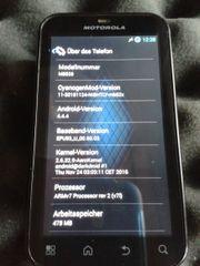 Motorola Defy - robustes