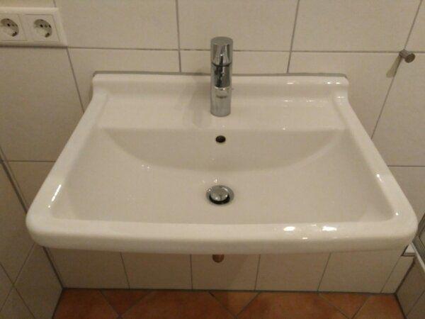 duravit waschbecken gebraucht kaufen nur 2 st bis 60. Black Bedroom Furniture Sets. Home Design Ideas