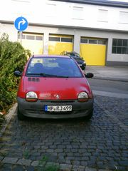 Renault Twingo - rot -
