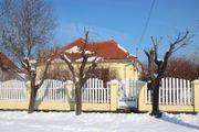 Wohnhaus mit Gästehaus