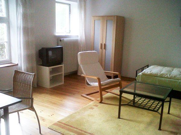Möblierte 4-Zimmer-Etage in Berlin-Hermsdorf nahe
