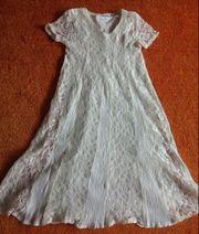 Mädchen Kleid Wunderschönes Prinzessin Kleid mit Unterkleid Gr.140 in Creme gebraucht kaufen  Elsfleth
