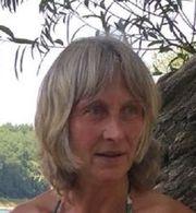 Junge Frau (60)
