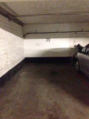Tiefgaragenstellplatz,Garage, in