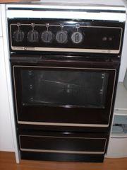 Kühlschrank und Elektroherd zu verschenken