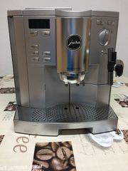 Kaffeevollautomat Jura Impressa S9 mit