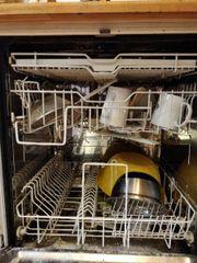 Geschirrspülmaschine / Spülmaschine/ weiß/