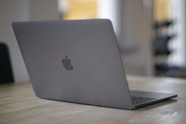 Apple, MacBook Pro, » Apple-Computer