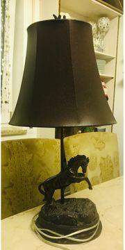 Nostalgie Pferde Tisch Lampe