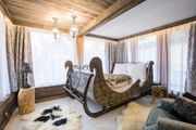 Komfortable Betten aus Altholz