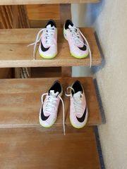 Nike Kinder Sportschuhe