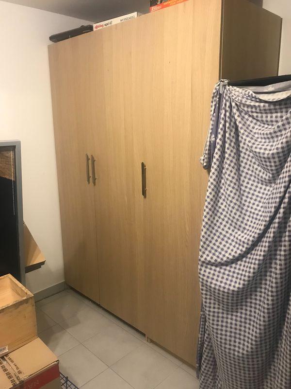 1,5 Meter Pax Schrank von IKEA mit Nexus Türen, gut erhalten! in ...