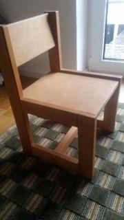 Holzkinderstuhl