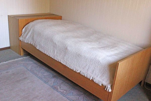 Bett zu verschenken