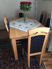 Tisch mit 6 Stühle