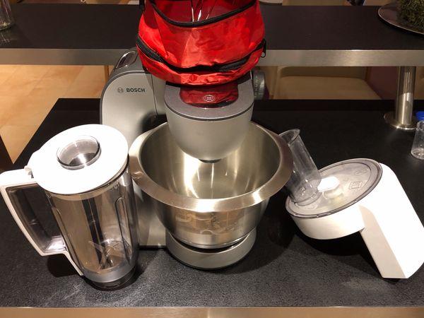 Verkaufe Bosch Mum56s40 Kuchenmaschine Styline Mum5 In Grundau