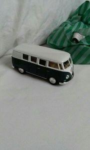 Ein VW Bus gebaut 1962
