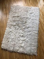 Original Flokati-Teppich aus den 70ern