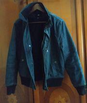 verkaufe eine Blaue Jacke von